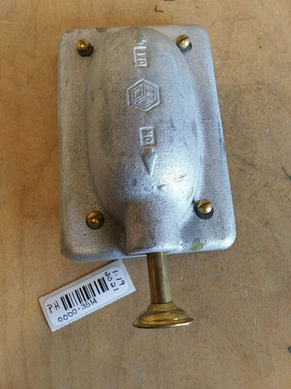 Crouse-Hinds DS-128 Vaportight Switch Cover