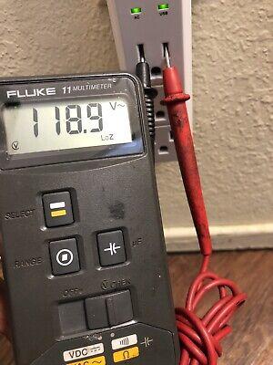 Fluke 11 Digital Multimeter Vdc Vac 600v Leads Yes Works