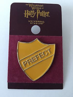 Universal Studios Harry Potter Hufflepuff Prefect Pin New with Card