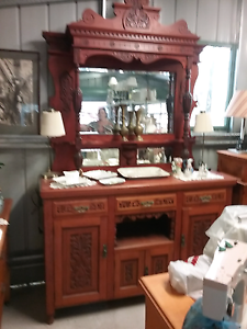 Absolutely beautiful hand carved decorative  sideboard   $825 Cessnock Cessnock Area Preview