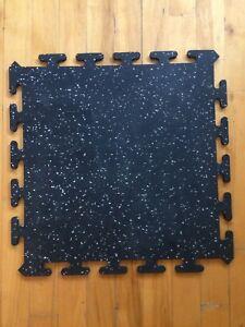 Heavy duty soft rubber floor tiles