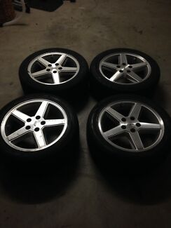 XR8 S1 wheels for sale Rothwell Redcliffe Area Preview