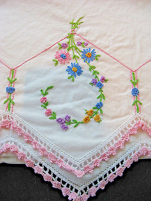 ESTATE   Vtg pair Floral Embroidered WHITE pillowcases Pink Crochet Lace