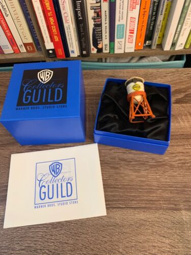 WB COLLECTORS GUILD 1998 PORCELAIN SURPRISE BOX THE WATERTOWER WARNER BROTHERS