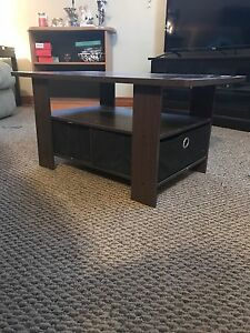 Coffee Table Kawartha Lakes Peterborough Area image 1