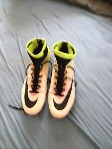 Nike super fly  cleats 9.5