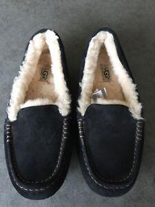 UGG Ansley Slippers!!