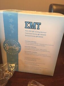 Discontinued and Hard to find EMT Scentsy Warmer - BNIB