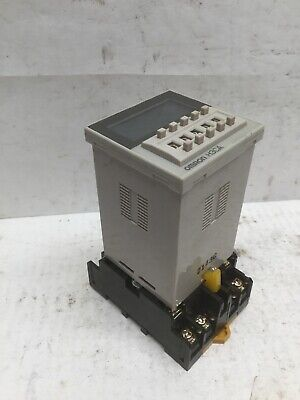 Omron H3ca-a Timer Relay W Omron P2cf-11 Relay Socket