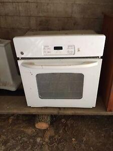 Fridge stove and oven Peterborough Peterborough Area image 1