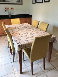 Seven pieces Dinner table set