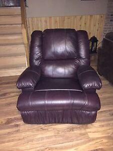Recliner , rocking chair