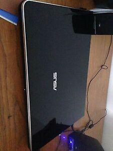 ASUS laptop + keybored & 2 mice