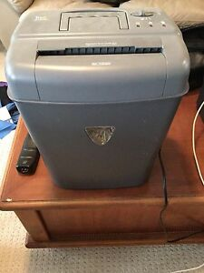 PAPER SHREDDER ****MOVING NEED GONE ASAP****