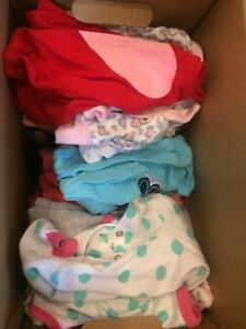 Lot of girl clothes 0-3 months only 15$