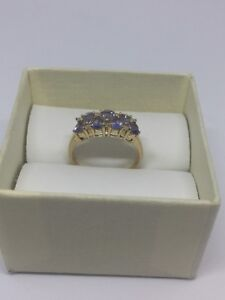 10 kt gold ring with Tanzanite and diamond