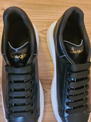 Mens  Alexander McQueen Trainers Replica Size 9 Uk.  Brand New