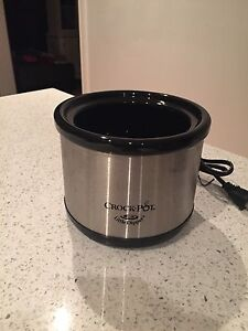 Brand New Crockpot Little Dipper Fondue Kit