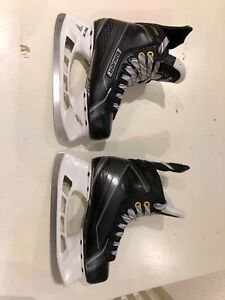 "Bauer  Supreme 160 Junior Skates- Size 3.5 ""as new"""