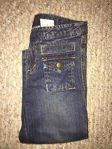 BRAND NEW GIRLS JEANS SIZE 6x