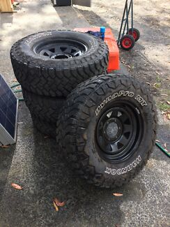4WD wheels to suit Hilux