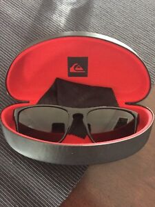 Qucksilver sunglasses