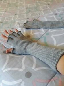 winter gloves Adelaide CBD Adelaide City Preview