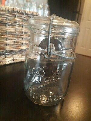 """Vintage Clear Ball Ideal Jar with Wire Bail /& Glass Lid  Pint Size  5"""" Tall"""