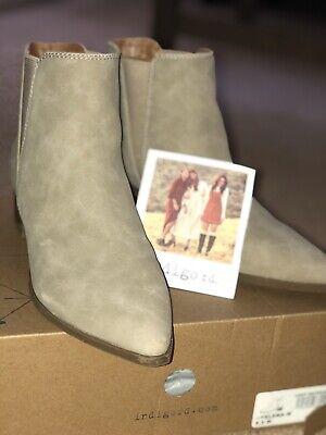 Indigo Rd. Womens Tan Yelena Chelsea Boots Shoes 8.5 Medium (B,M)