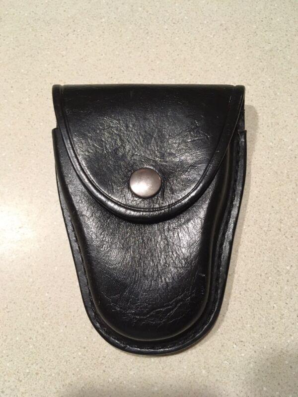 Gould & Goodrich B-70 Handcuff Leather Pouch