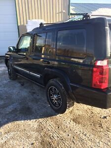 2010 Jeep Commander Sport with 5.7 Hemi