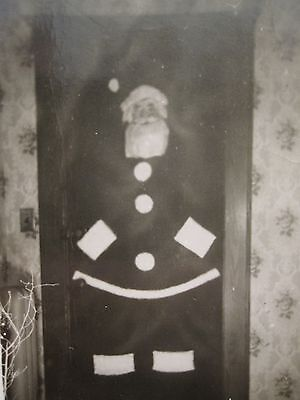 VINTAGE ANTIQUE PANCAKE SANTA CLAUS CHRISTMAS FUNNY FORT LEE 1948 DOORMAN PHOTO