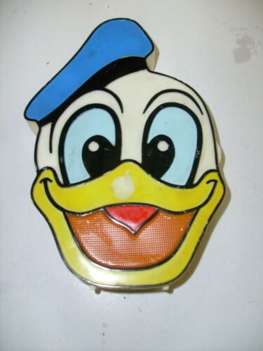 Vtg Walt Disney Donald Duck AM Transistor AM Radio Solid State works - used