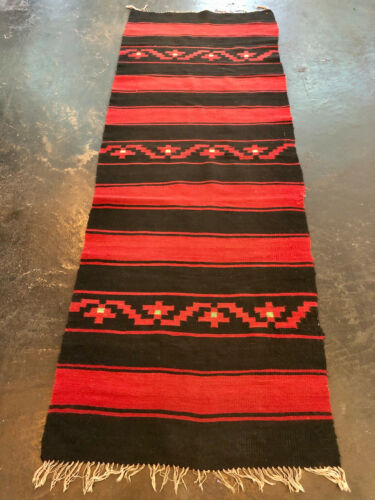 """VINTAGE ANTIQUE CHIMAYO BLANKET RUG NATIVE AMERICAN 90"""" x 31"""" WOVEN MEXICO"""