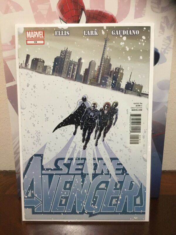 SECRET AVENGERS #19 1ST MOON KNIGHT MR. KNIGHT SUIT MARVEL DISNEY 2012 HTF (-VF)