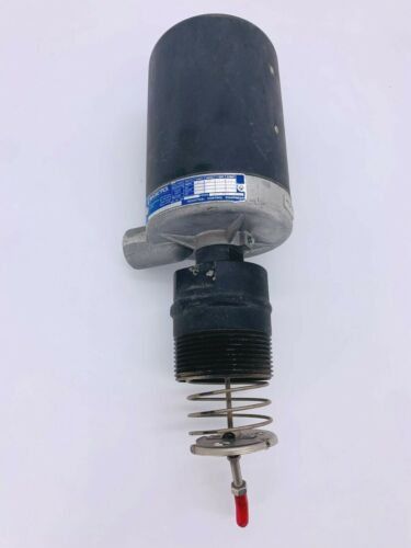 New Magnetrol B15-1E2B-BEF Displacer Switch