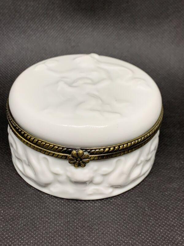 Vintage Ivory Porcelain Pressed Trinket Box, Capodimonte?