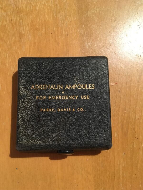 Antique Parke, Davis & Co Emergency Pharmacy Pharmaceutical Adrenaline Ampoules