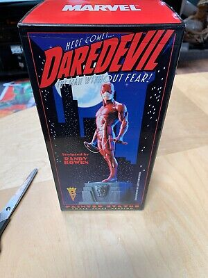 2001 DAREDEVIL BOWEN MINI Painted STATUE CLASSIC RED COSTUME VERSION Not Mint.