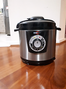 Excellent condition Cookwell Brand Electric Pressure Cooker Bassendean Bassendean Area Preview