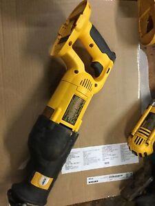 Dewalt 18volt Reciprocating Saw, near new condition Greenmount Mundaring Area Preview