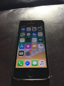 iPhone 5S 16GB SaskTel