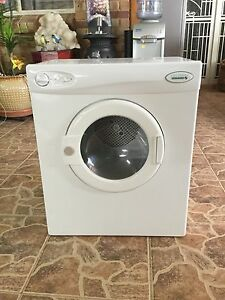 CLOTHES DRYER Rockingham Rockingham Area Preview