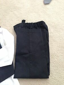 Kenneth Cole size 6 boy suite  Cambridge Kitchener Area image 2