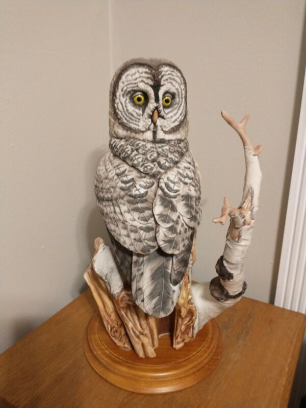 """Franklin Mint Fine Porcelain Hand Painted The Great Grey Owl 16"""" Tall"""