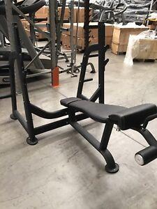 Decline Olympic bench press