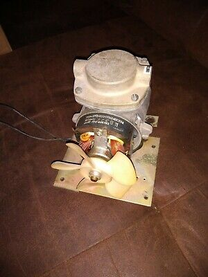 Tested Thomas Industries Power Air Compressorvacuum Pump 111ca11922 115v 2.25a