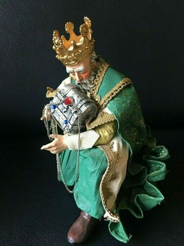 Vintage Clothtique Original Kneeling Crowned Wiseman With Chest for the Nativity
