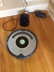 630 roomba  - great condition- $600 new!