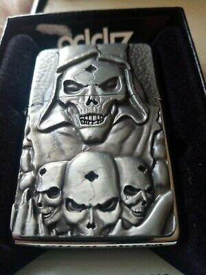 💥💥Zippo Skull dated 2010 new never used still sealed on the back comes boxed